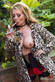 British Milf Lynda Leigh